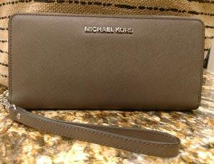 MINT MK zip wallet